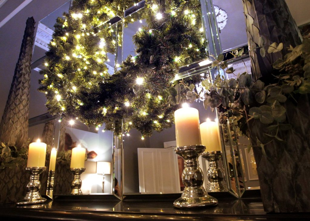 No. 25 Fitzwilliam Place is the Perfect Venue for Your Christmas Party | Kenneth Turner Candlesticks | Christmas Wreath | Fireplace | Christmas Event
