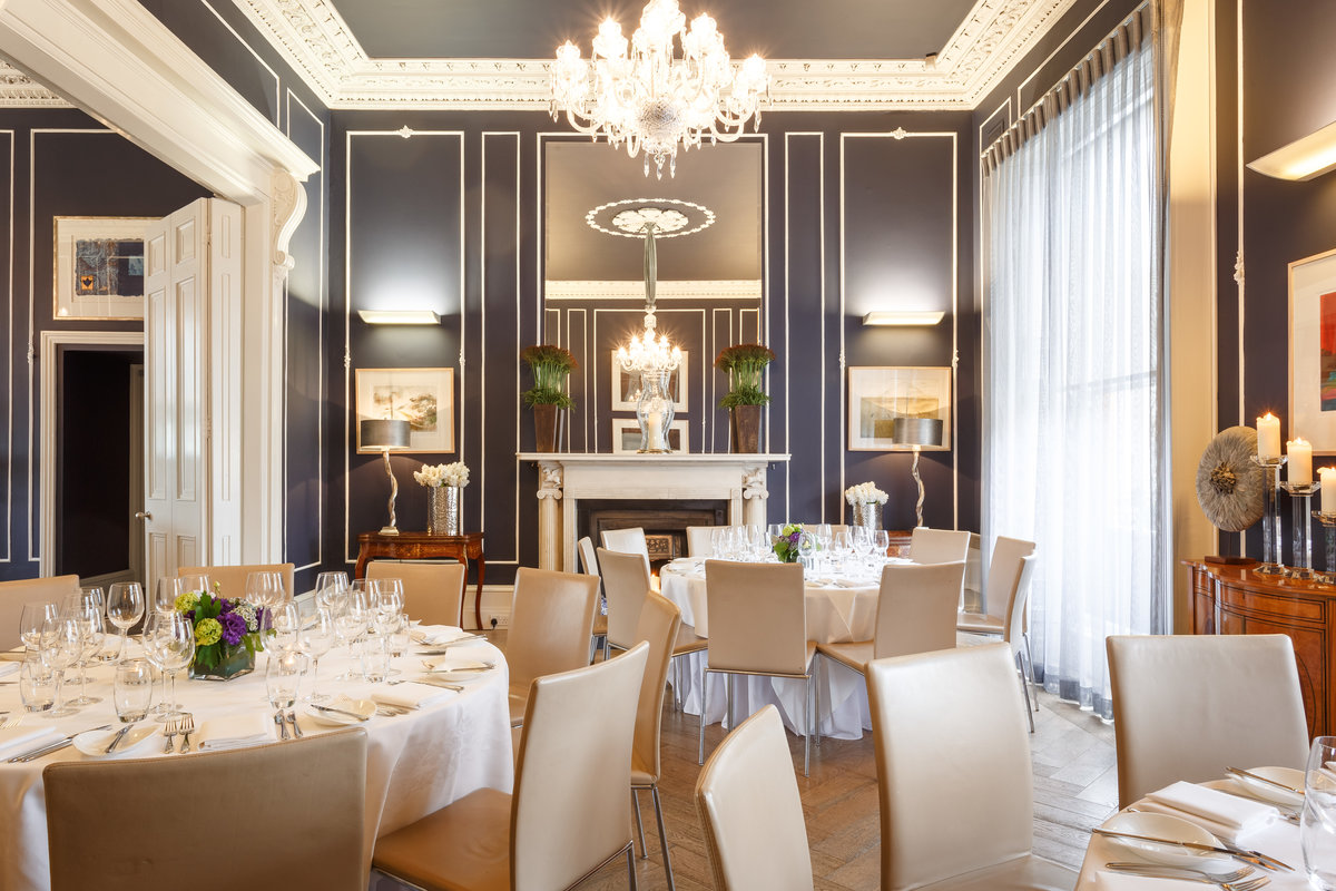 No. 25 Fitzwilliam Place | Private Dining, Round Table Set-Up