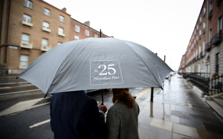 winter wedding, winter weather, rainy wedding, Dublin weather, No. 25 Fitzwilliam Place