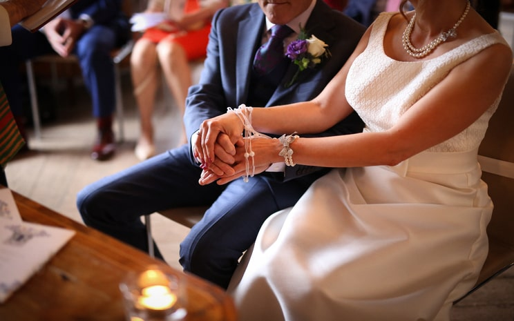 handfasting, tying the knot, Irish wedding traditions