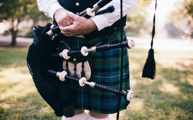 Uilleann pipes, wedding music, traditional wedding music, Irish wedding music