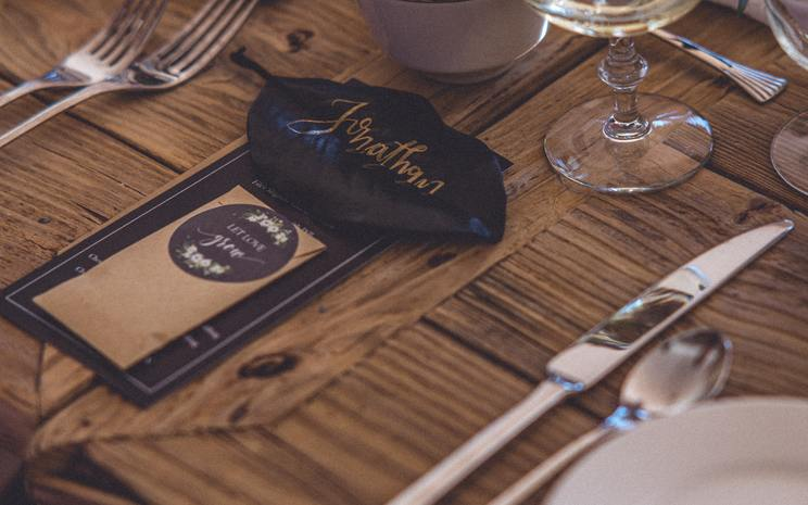 wedding table, wedding dinner, wedding guest list