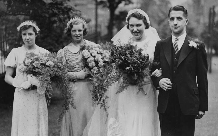 lost loved ones wedding photographs